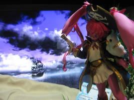 pirate bunny figurine 3