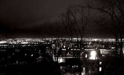 night view of montreal