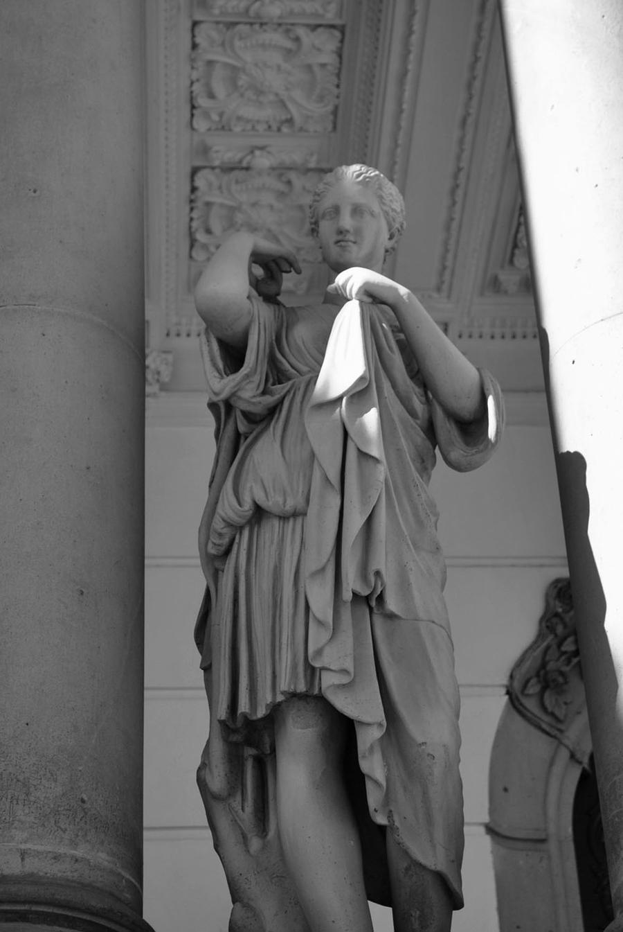 Statue II by RipperBlack666