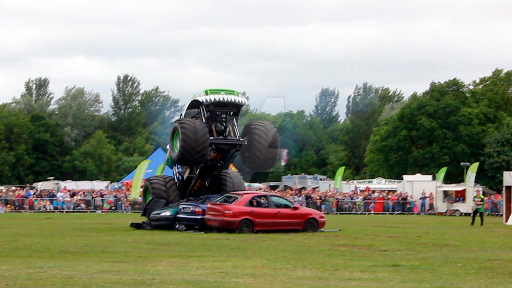 Monster Truck 11 - Swamp Thing by gopherboy76