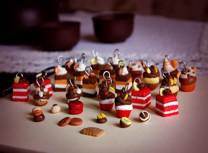 Cakes and Cupcakes by anikakinka