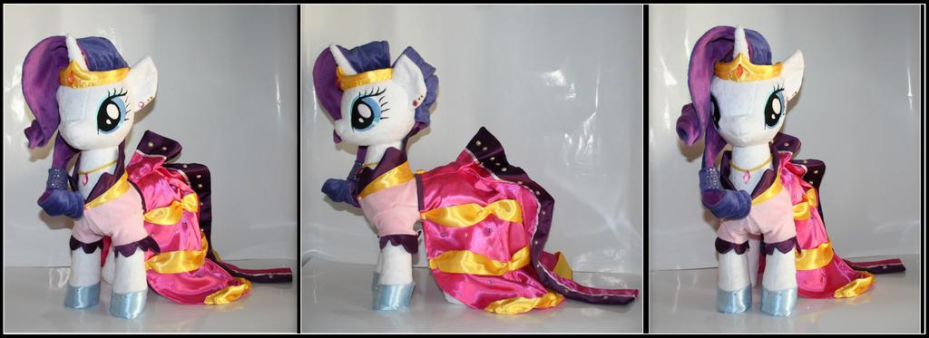 My Little Pony  -  Rarity Gala Plush by Lavim
