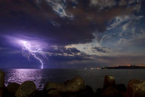 Lightning in the Sea by Armaga10