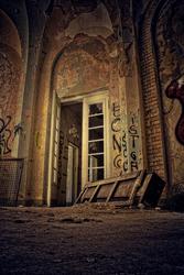 Swinging Door