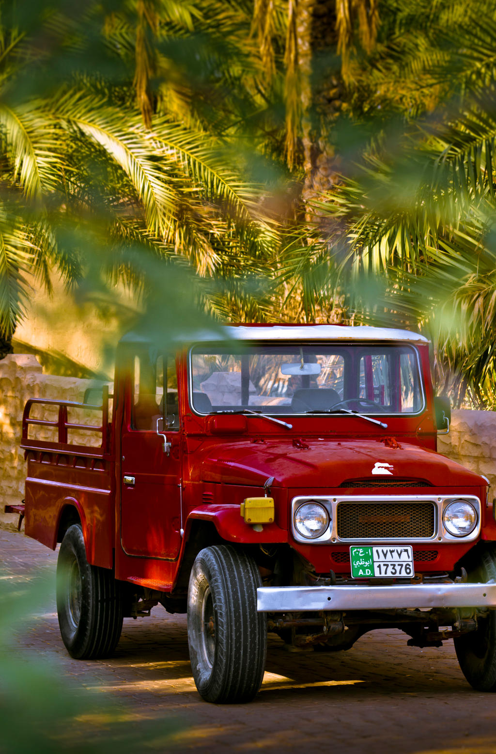 old toyota land cruiser pickup by jamesdubai on deviantart. Black Bedroom Furniture Sets. Home Design Ideas