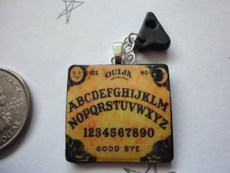 Ouija Pendant by Stargatesg11