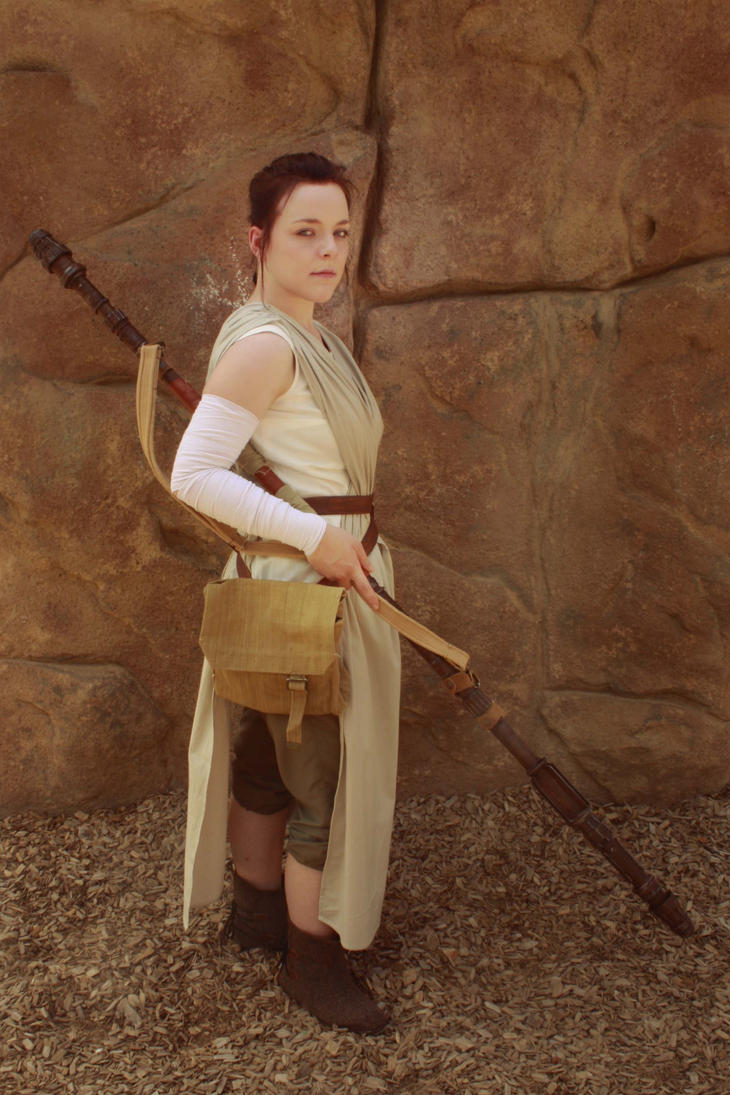 Rey Cosplay by EmperorSteele92
