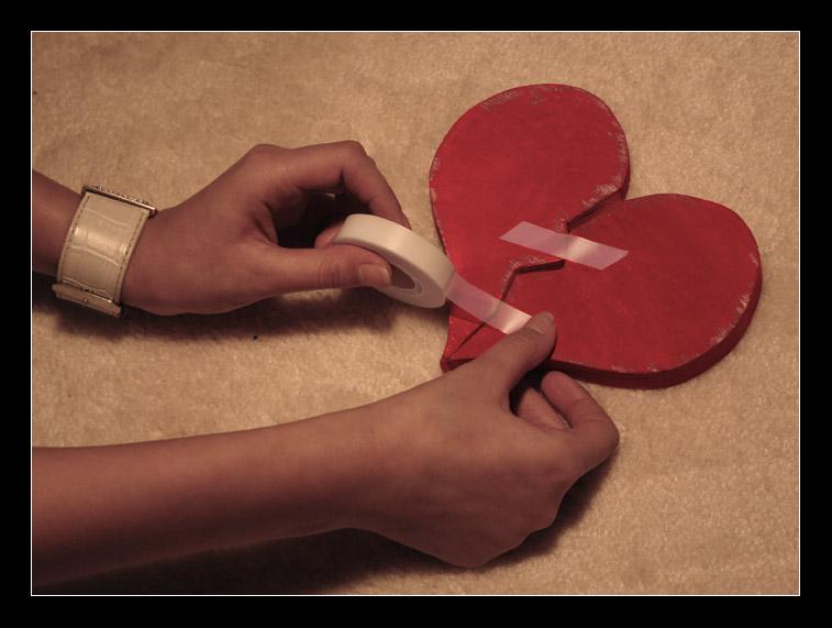 Broken heart by AloneSt