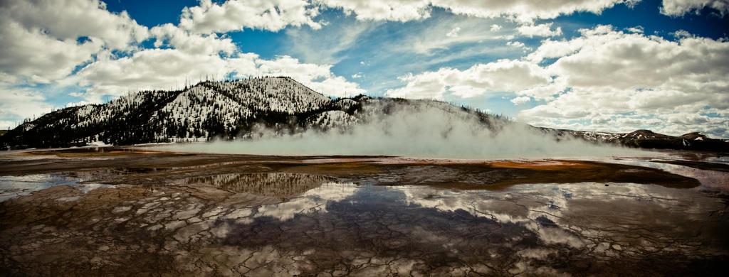Prismatic Lake by Delun