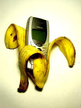 Banana010011011