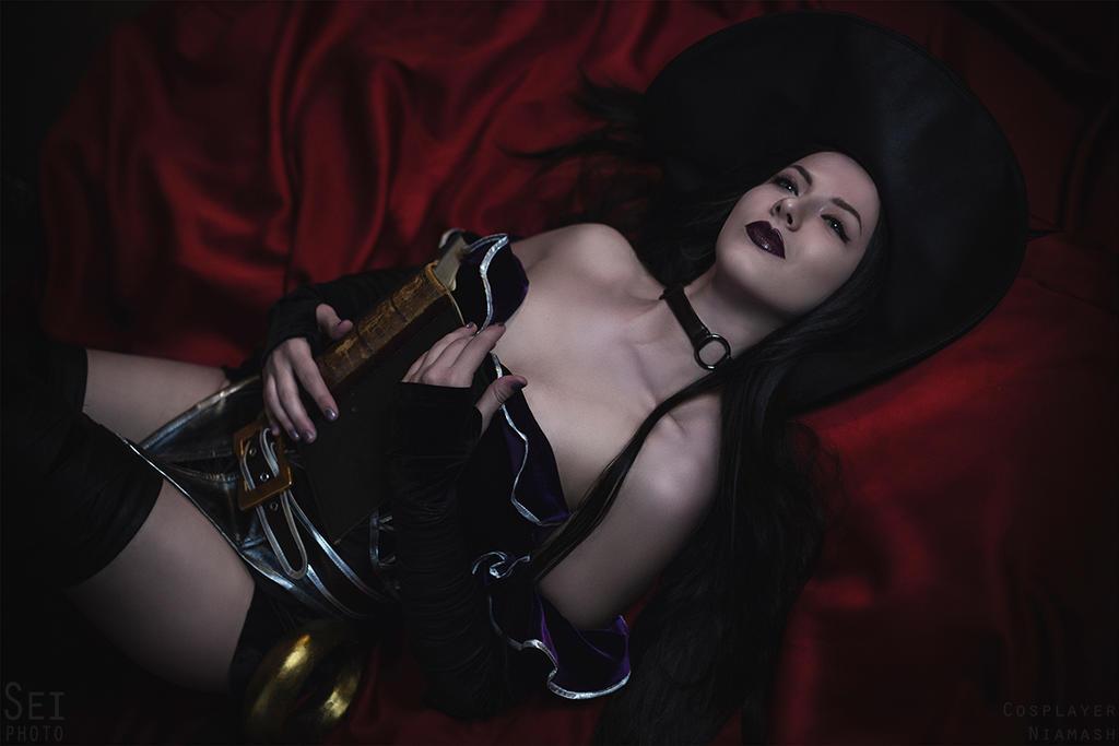 Aphra Cadabra! Smite cosplay 11 by niamash