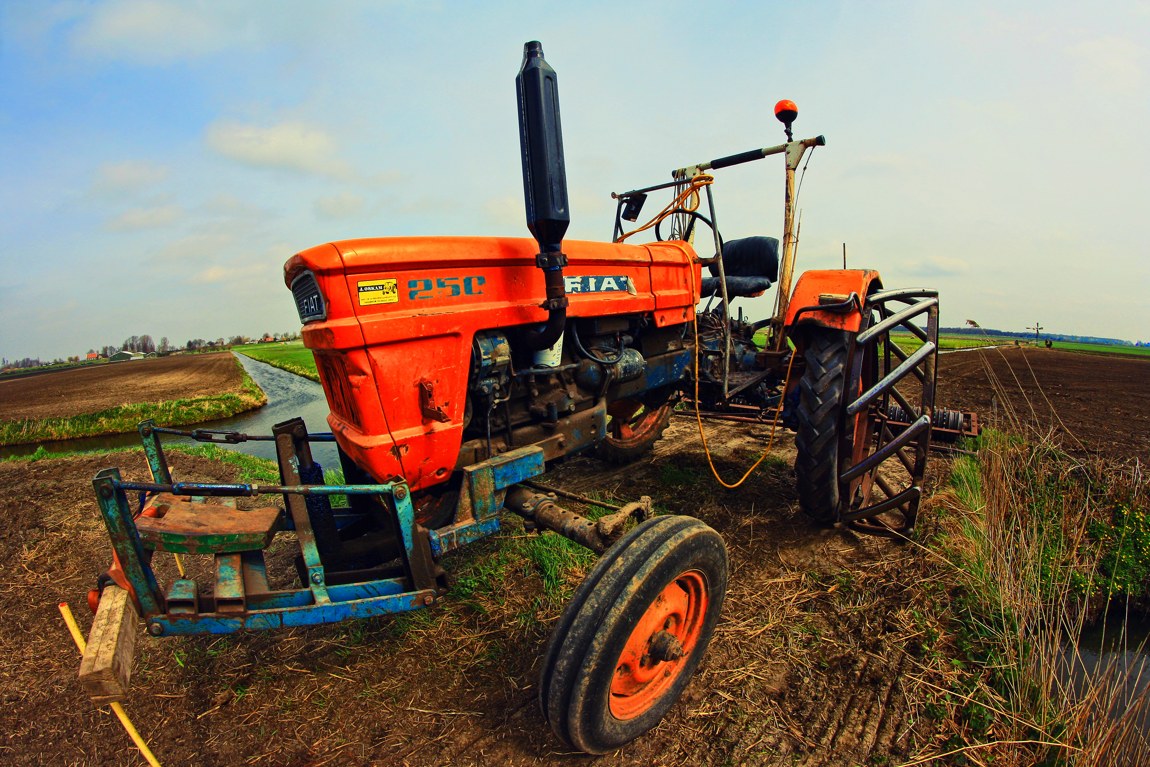 tractor with htm new front local tractors tyres clean serviced for by fenders ourselves related holland sale very fiat page fitted