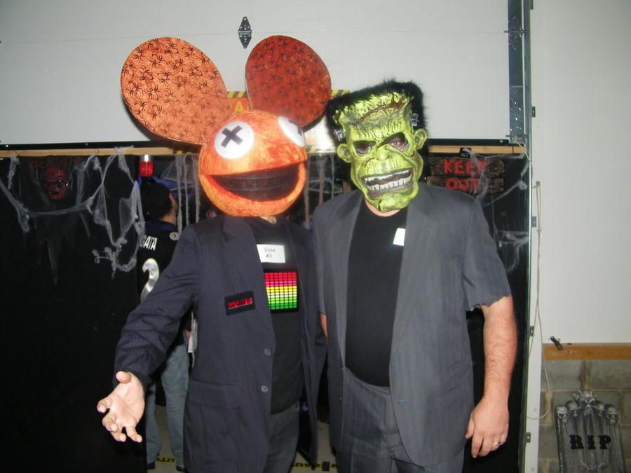 deadmau5 head for halloween by wackycomputer