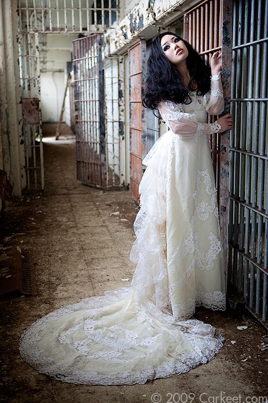 Ghost Bride III by looooo