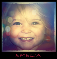 Emelia by Alamuki