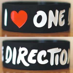 One Direction bracelet by ciencianalove