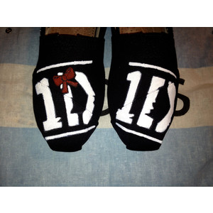 One Direction Tom shoes by ciencianalove