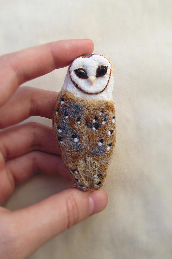Barn Owl Brooch by mar-rie