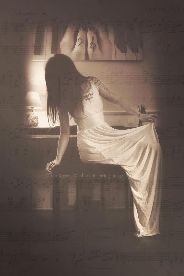 The Pianist by MeetMeAtTheLake2Nite