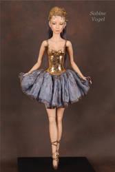 Saltatrix - the dancer by BeautifulBeasts