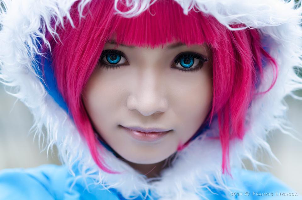 Frostfire Annie (League of Legends) by azeleia
