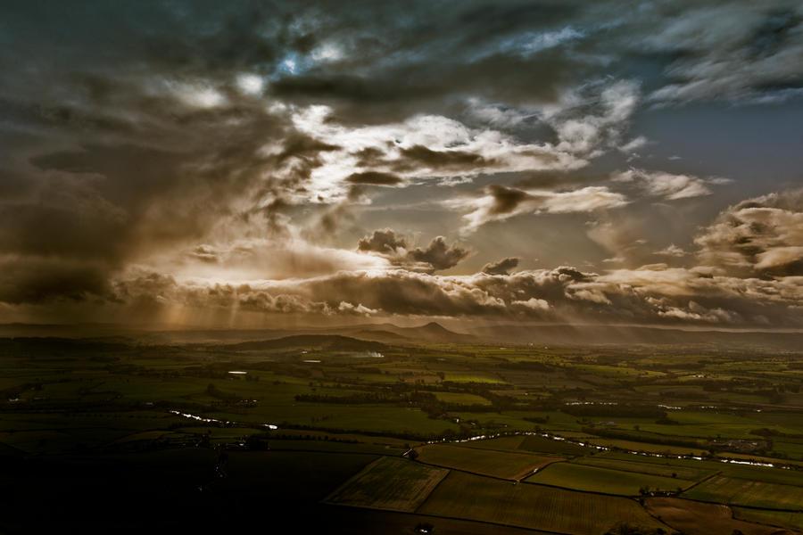 Dramatic Sky by karl683