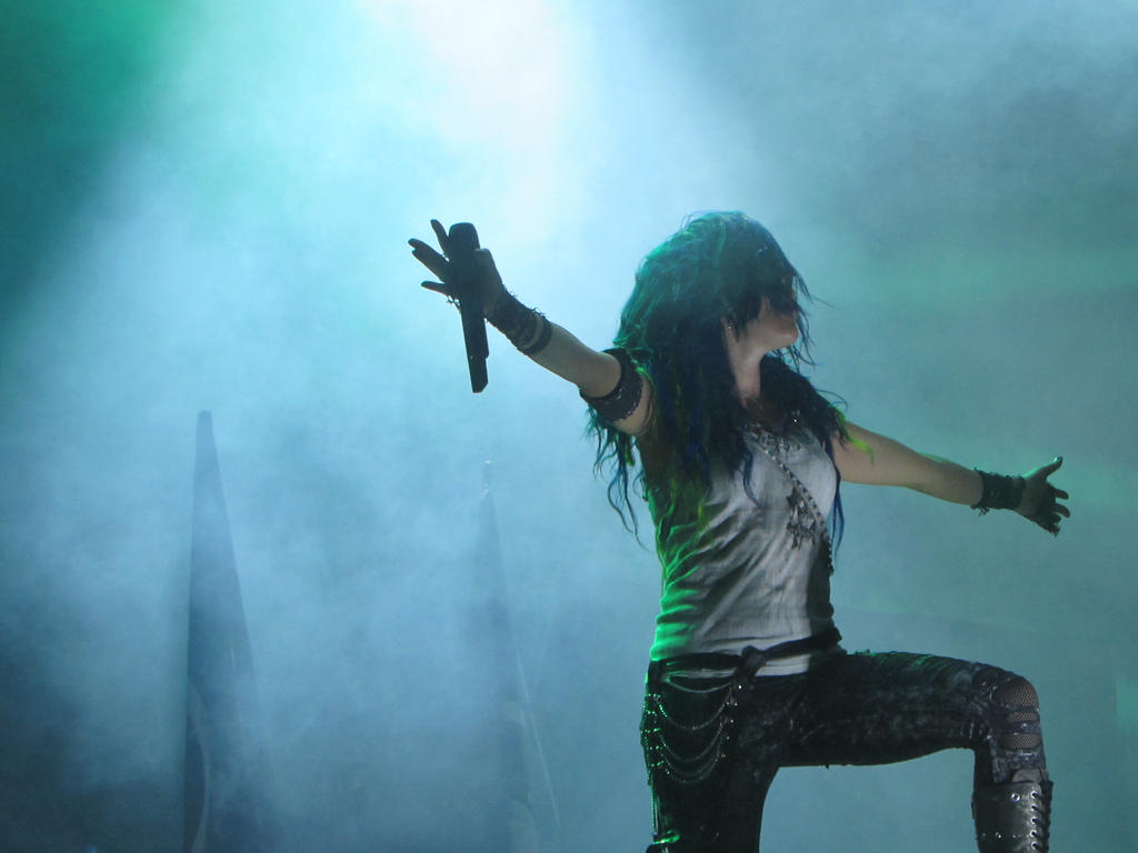 Alissa White-Gluz, Arch Enemy by LeeWirman on DeviantArt