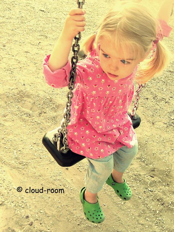 اكبر مجموعه صور حزينه My_dream_is_to_fly_by_cloud_room.jpg