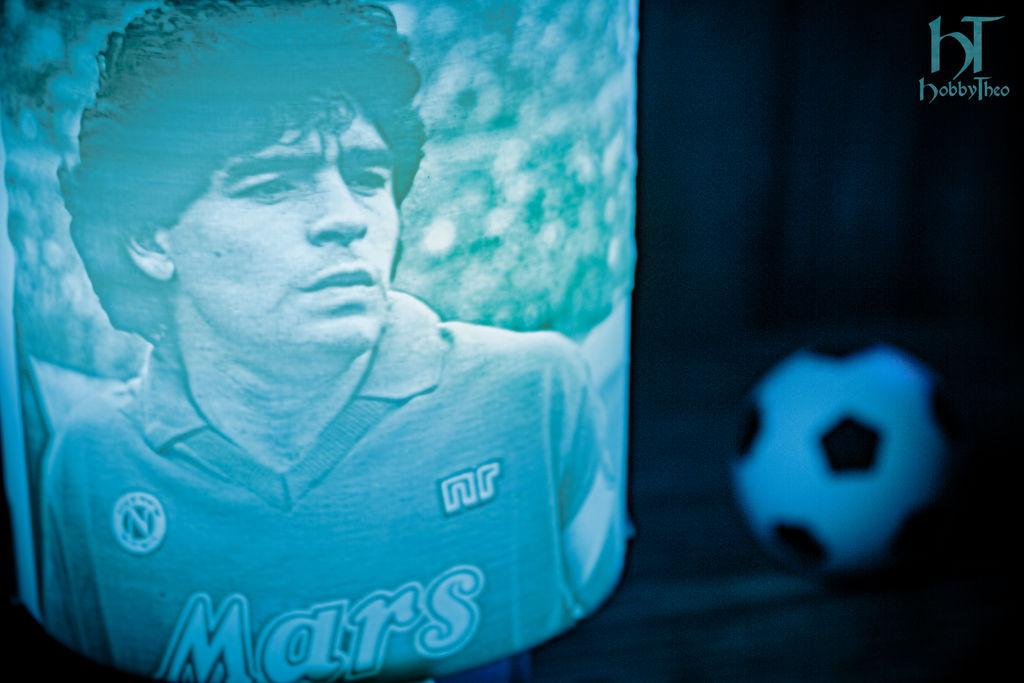 maradona_lamp_by_hobbytheo_dedawse-fullview.jpg