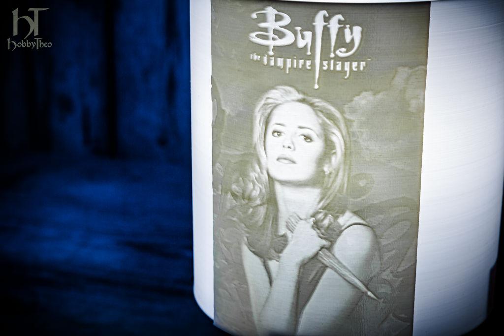 buffy_the_vampire_slayer_lamp_by_hobbytheo_deg8ofz-fullview.jpg