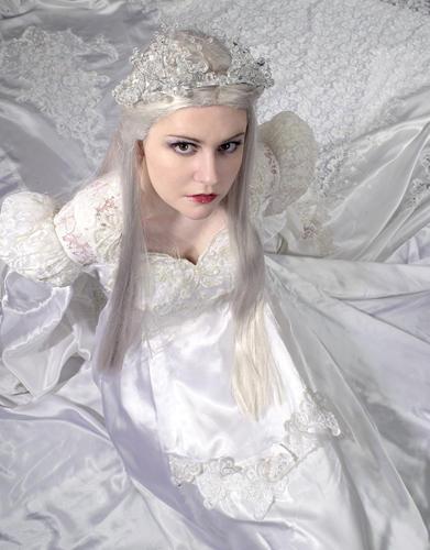 Queen Helena New Shoot by sadwonderland