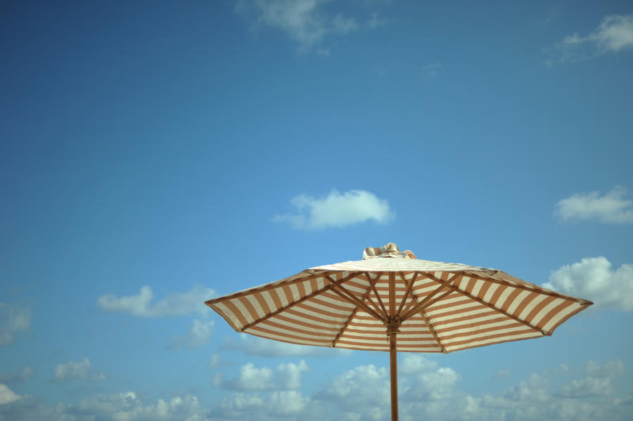 holiday. by rickysu