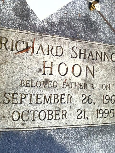 shannon hoon. by skullxxdoll