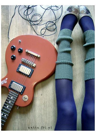 guitarrrrrr by TheFuckingPrincess