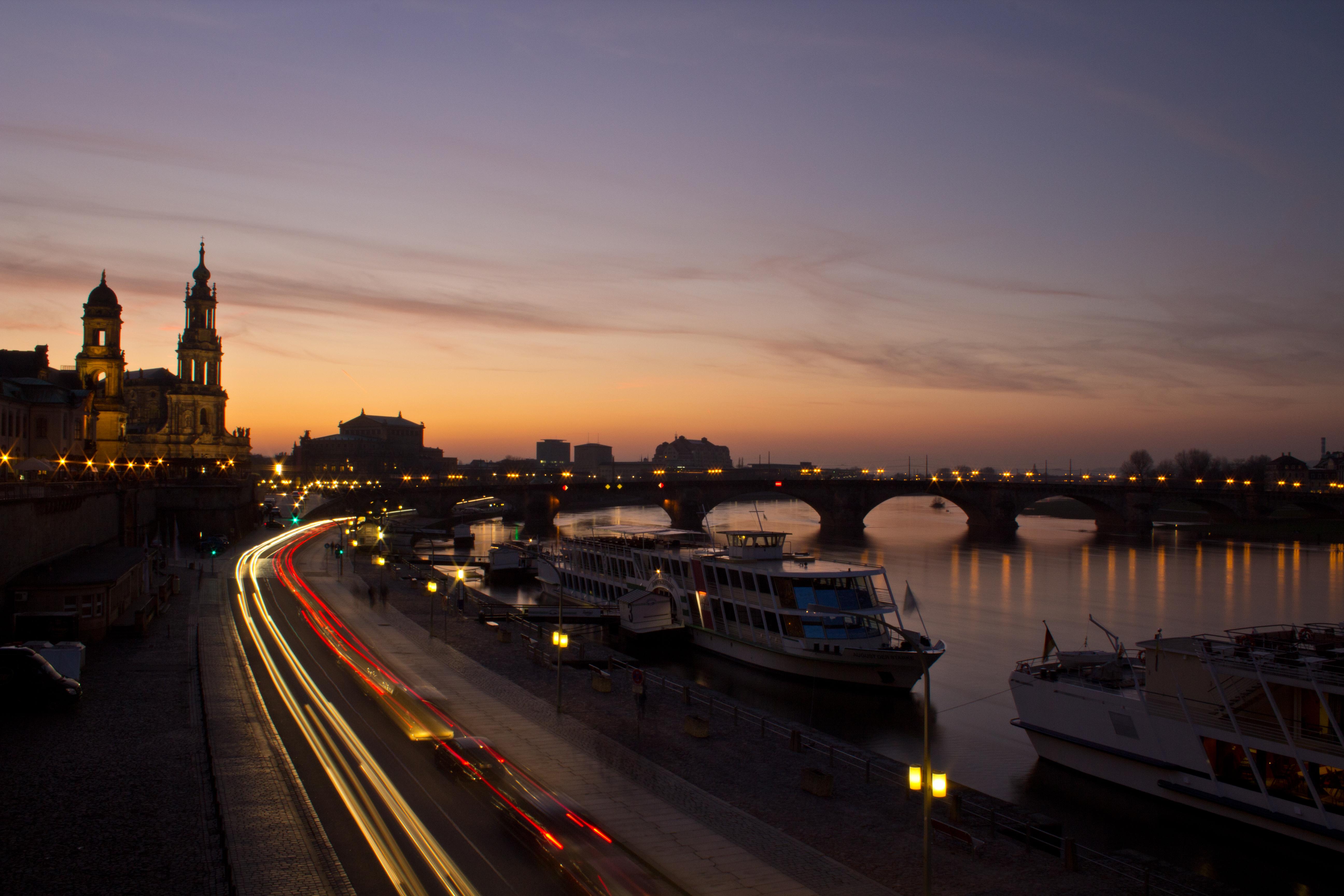 dresden_night_skyline by prox83