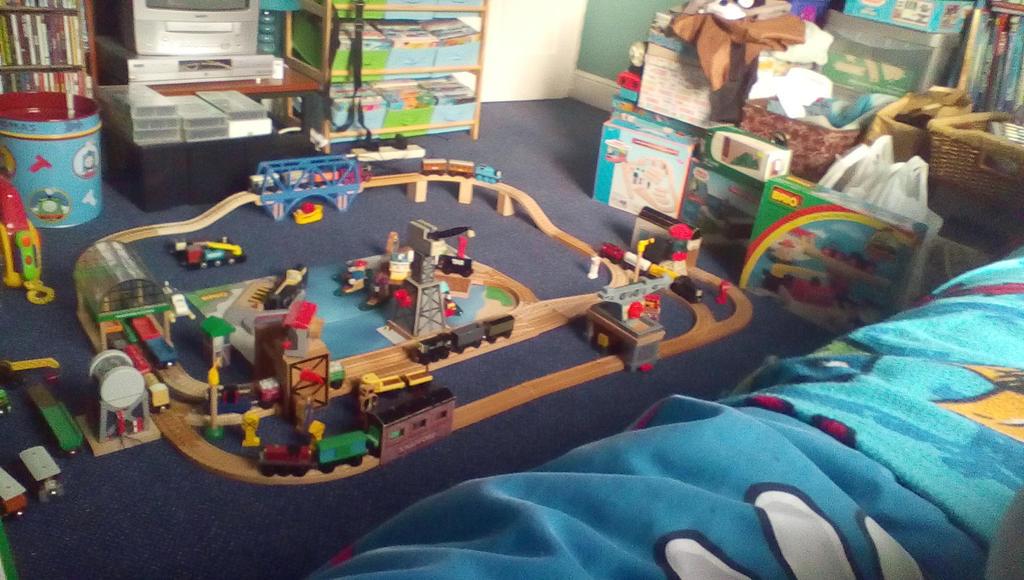 Thomas Wooden Railway Layout 2 by ewan4me on DeviantArt