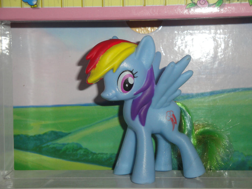 MLP Rainbow Dash 2016 Mcdonald's Happy Meal toy! by