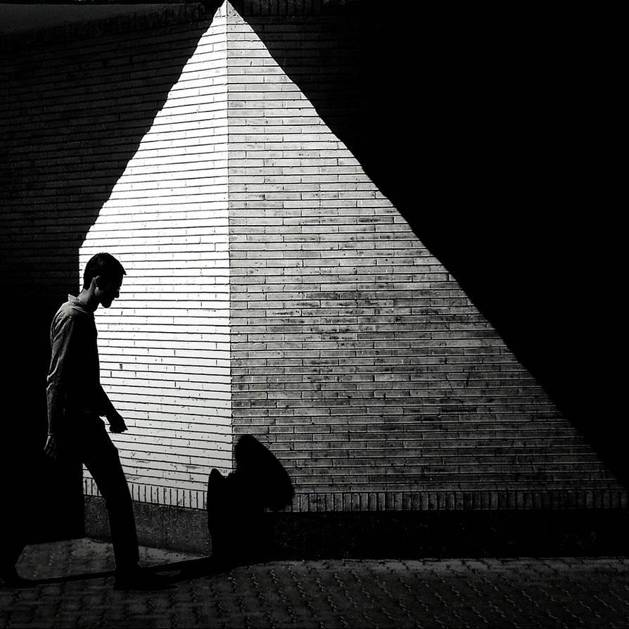 Pyramid by mldzz