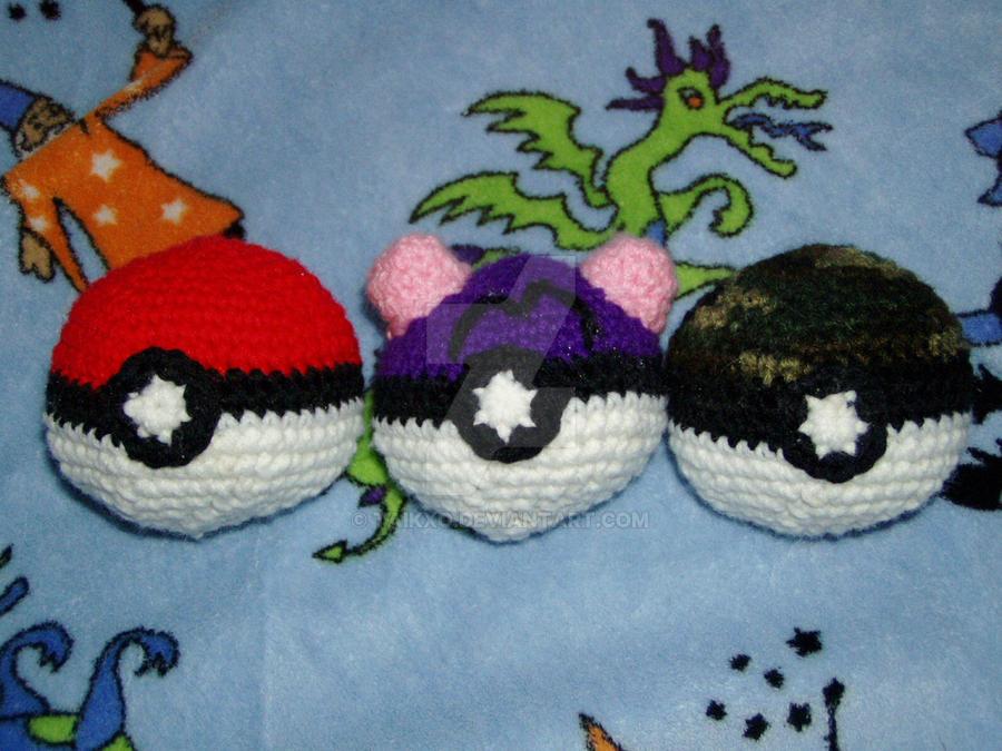 Crochet Pokeball Plushie Set By Taikxo On Deviantart