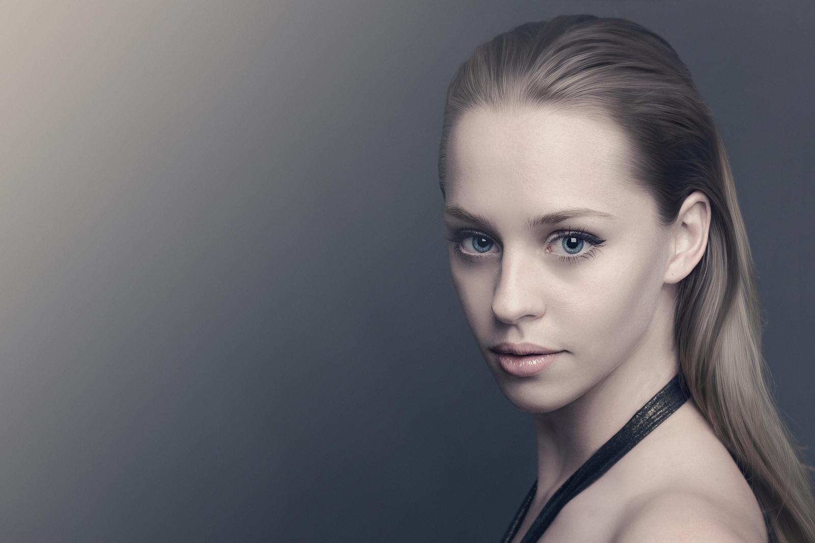 Best 25  Woman portrait photography ideas on Pinterest | Portrait ...