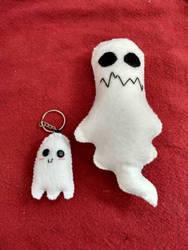 Lil and Big Ghostie by LailaIzuka