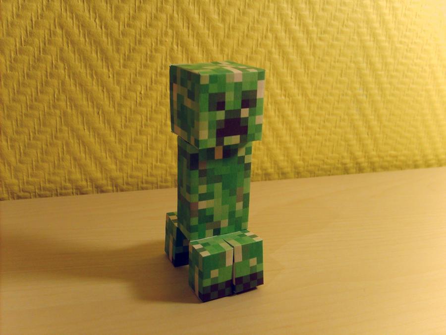 My pet creeper by LockRikard
