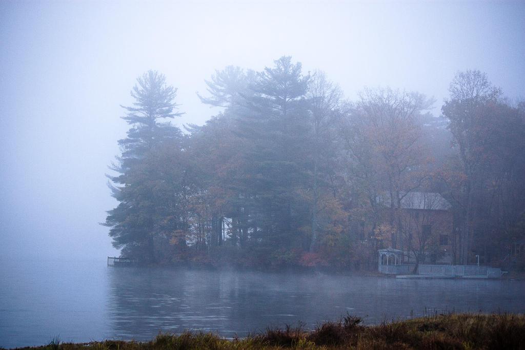 Isle of Mist by ciseaux