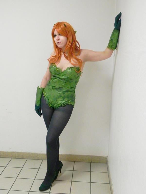 Poison Ivy cosplay by MorganaBlackwings