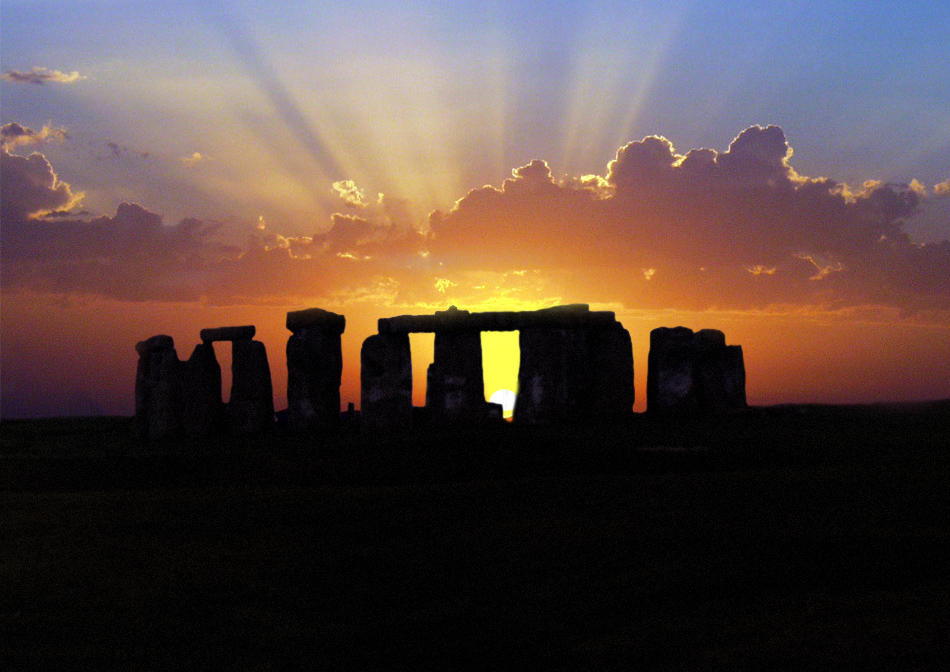 Sunrise at Stonehenge by primowalker on deviantART