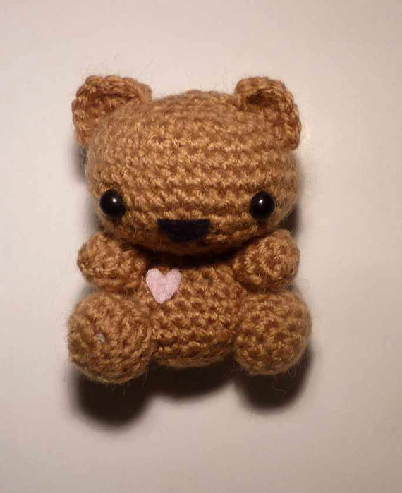 Crochet Valentine's Day Teddy Bear (pt1/3) - YouTube | 699x570