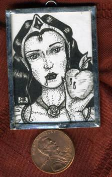 Snow White Mini Art Jewelry