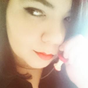 CrimsonRomancex's Profile Picture