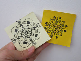 Kaleidoscopes on Post-It note pads by Elleiancole