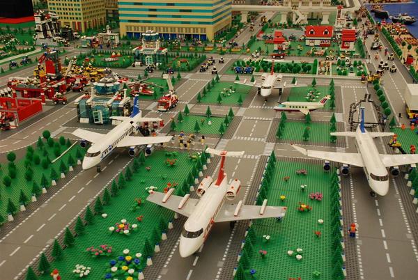 Lego City No.1: Airport